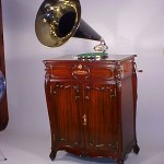 Mahogany Auxetaphone